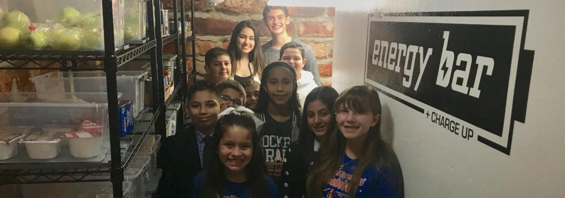 Rayburn students visit pantry