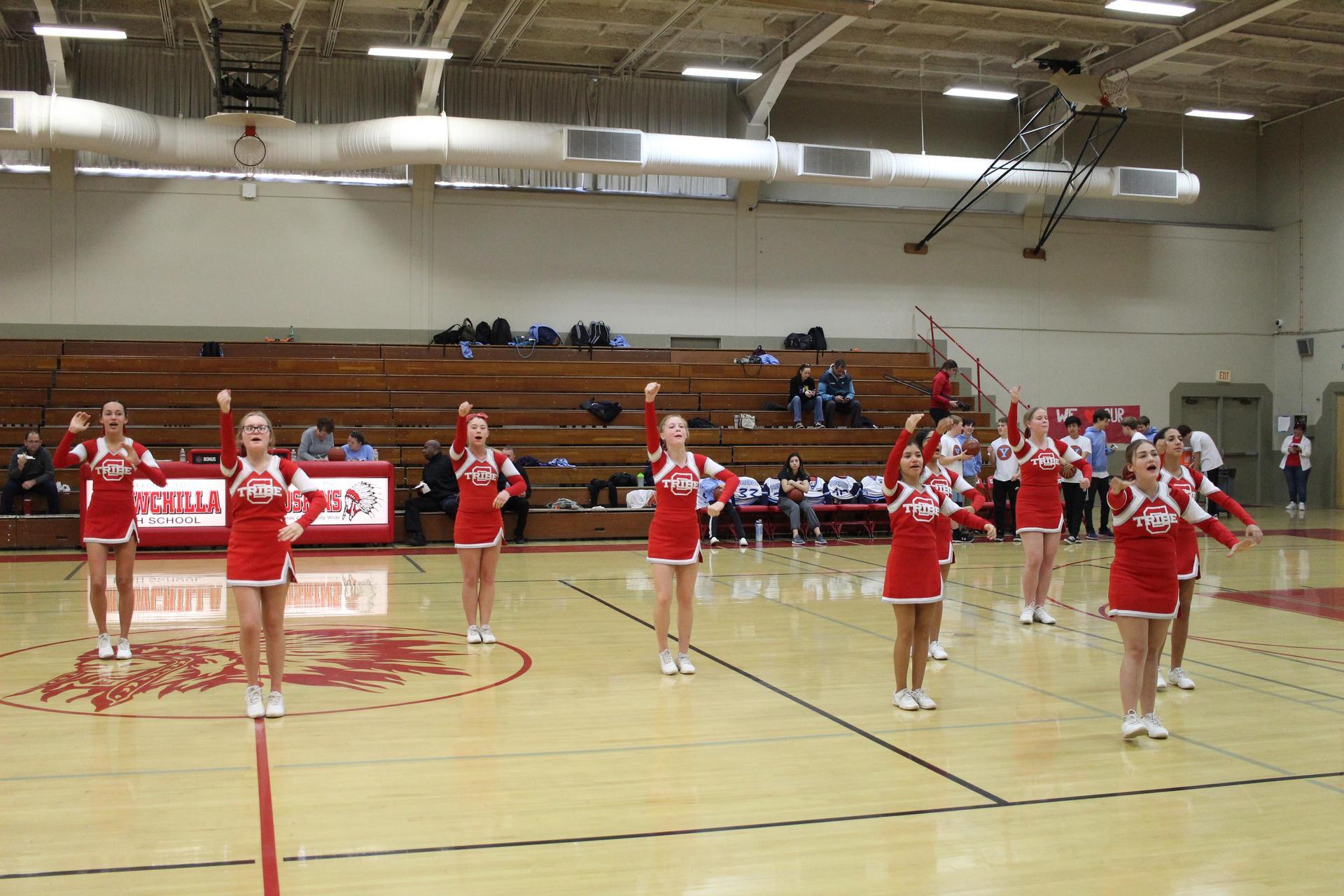 cheerleaders cheering