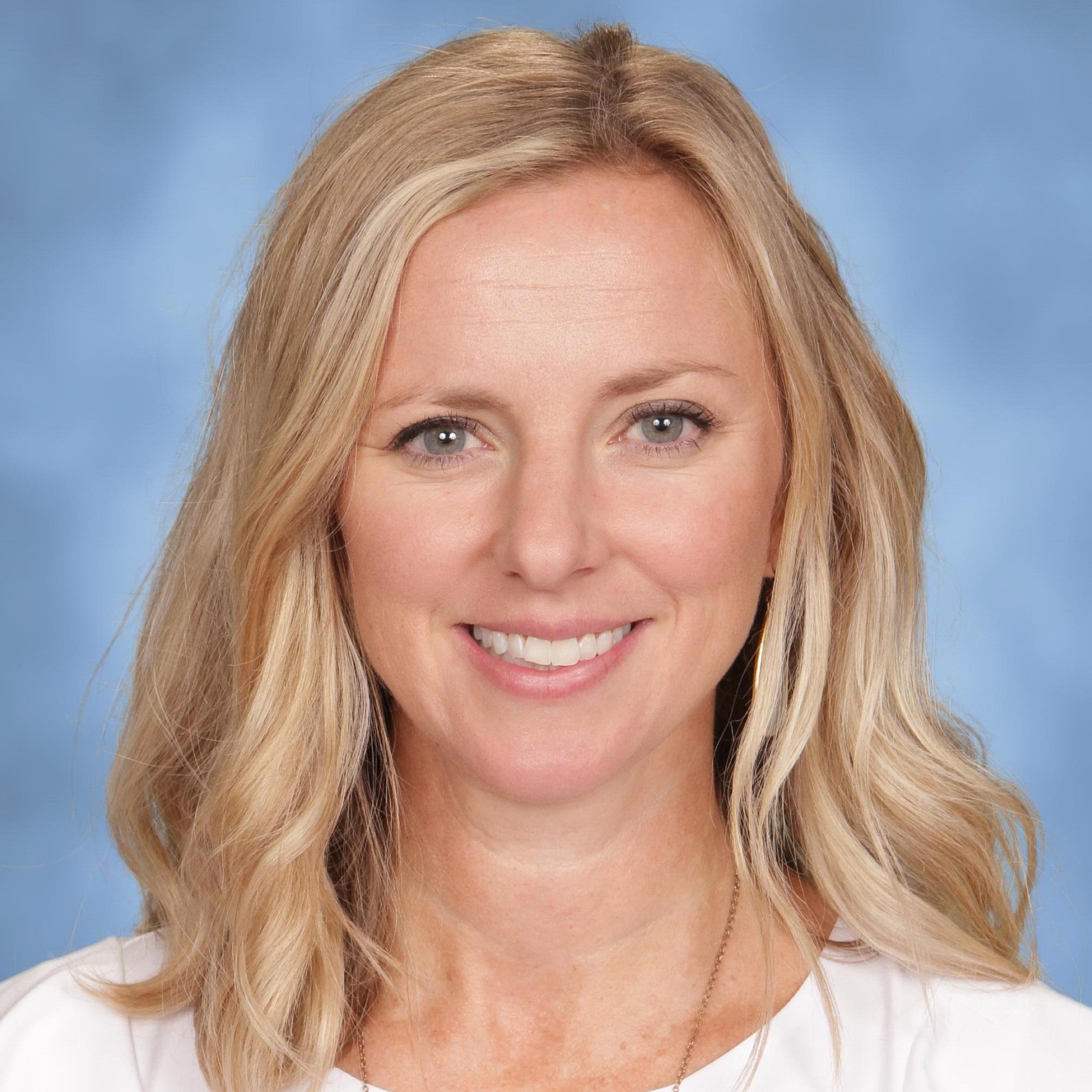 Kirsti Giroux's Profile Photo