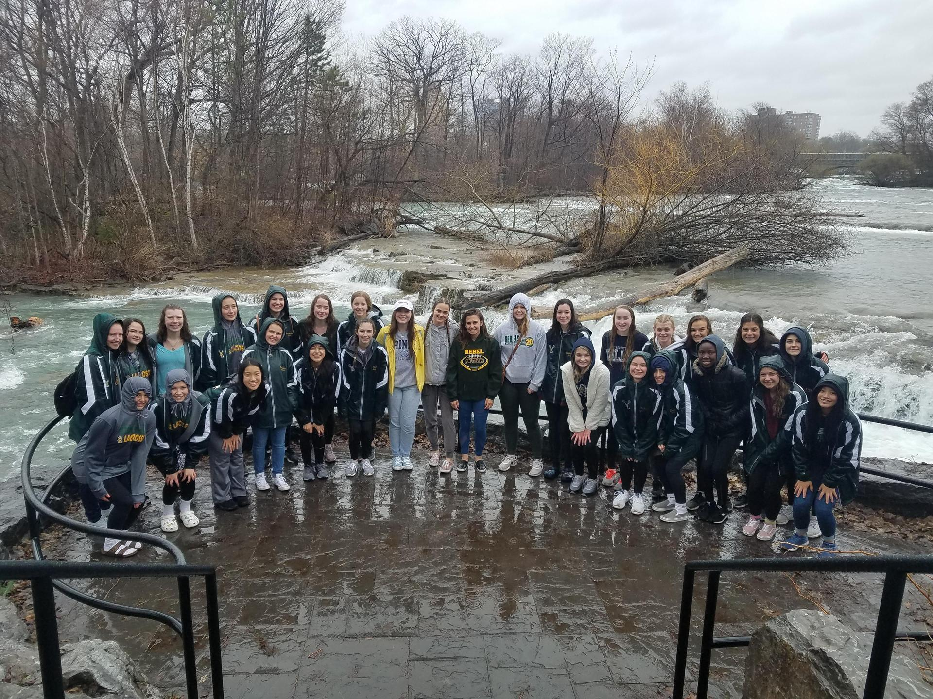 Girls Lacrosse team in Niagara Falls