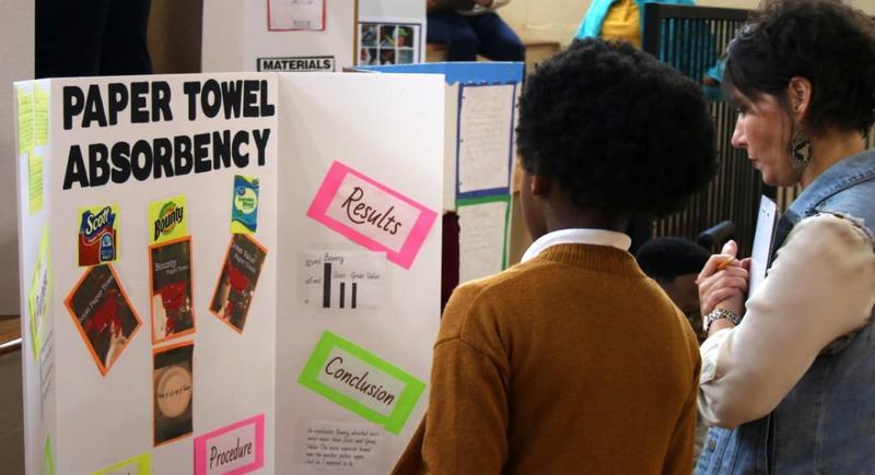 Rowan Elementary Hosts Science Fair Featured Photo