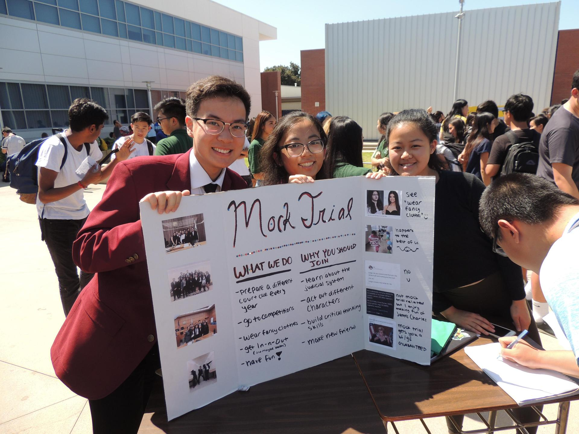 Arcadia High's Mock Trial team recruiting at Club Day