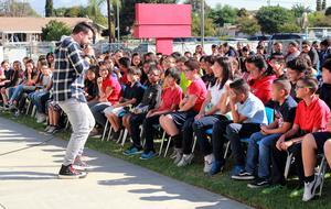 Youtuber and youth motivational speaker Josh Drean beatboxes for Foster Elementary fifth- and sixth-graders as part of his anti-bullying presentation on Nov. 9. Drean shared how students can stand against bullying, avoid stereotypes and improve social media by embracing positivity and kindness.