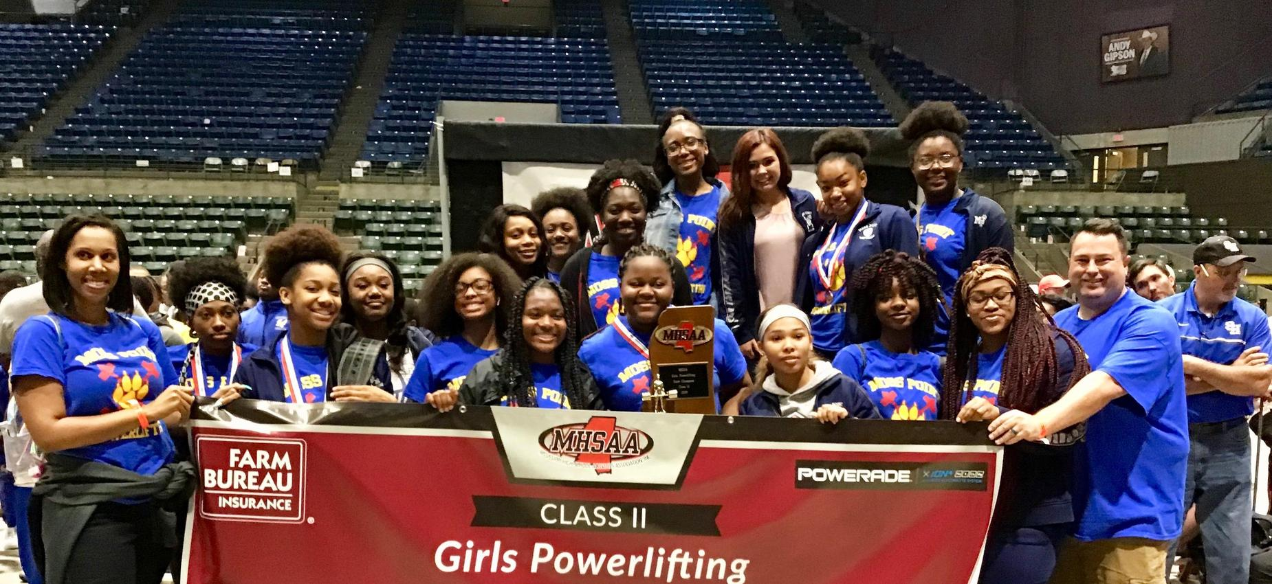 girls powerlifting state champions group picture