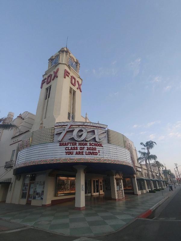 Fox Theater celebrates seniors