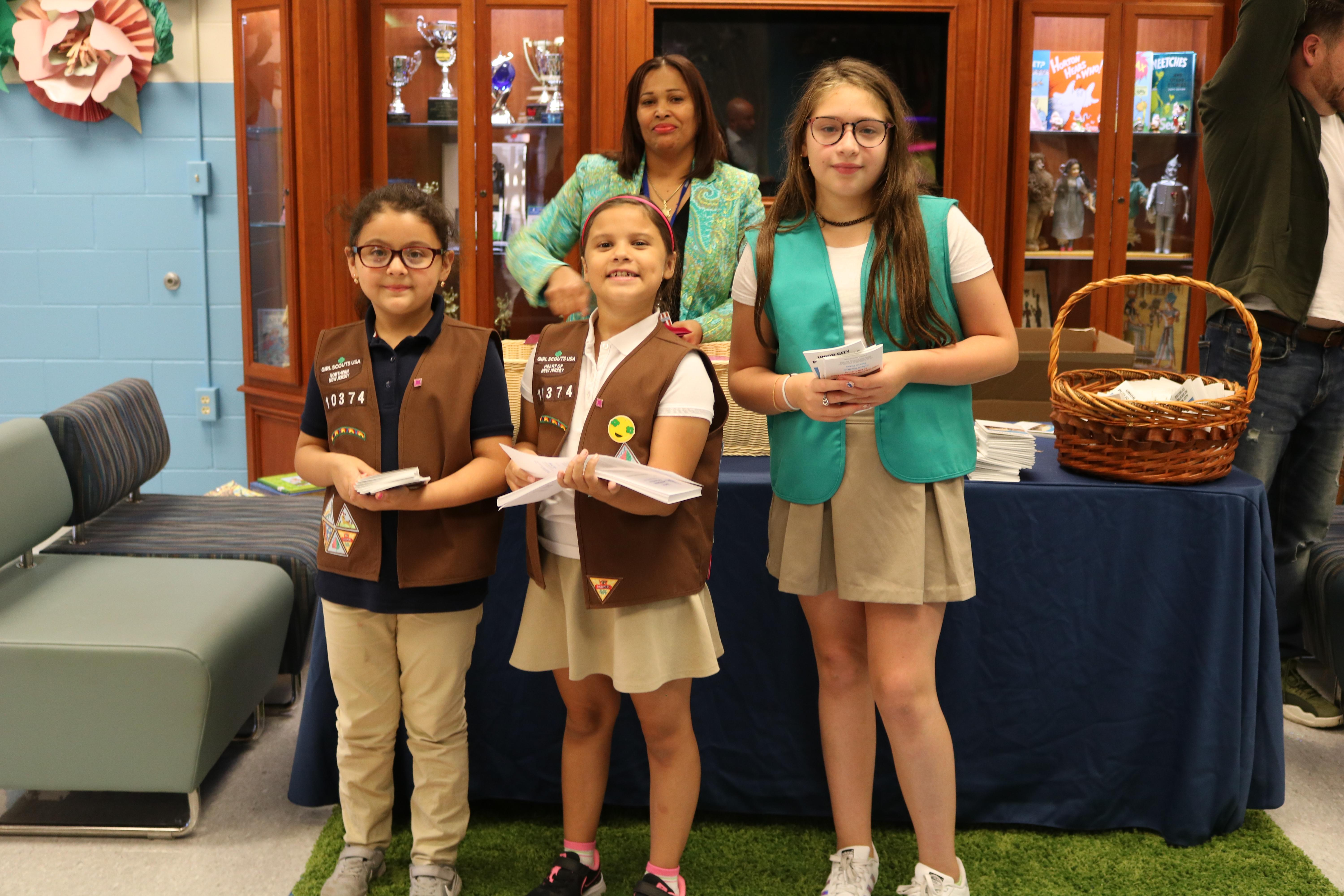 girl scouts welcoming families