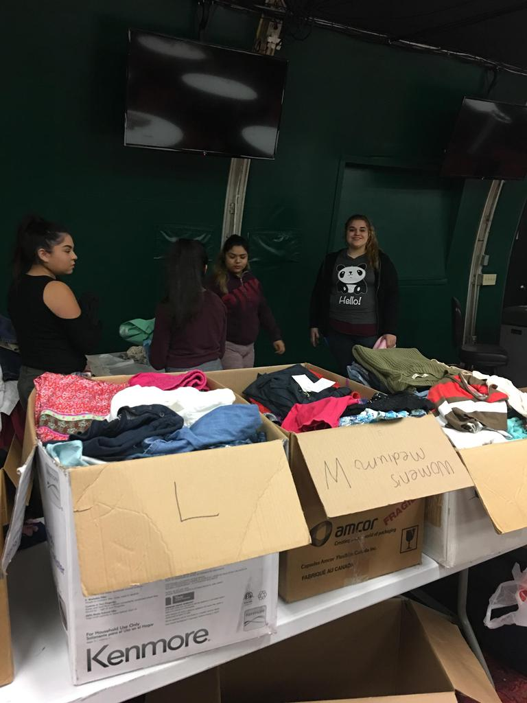 South Valley Students Volunteering