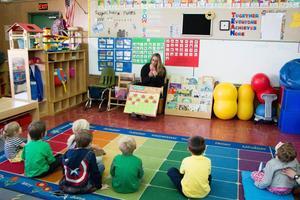 Linda Gay Teaching the Reserve Inclusion Preschool