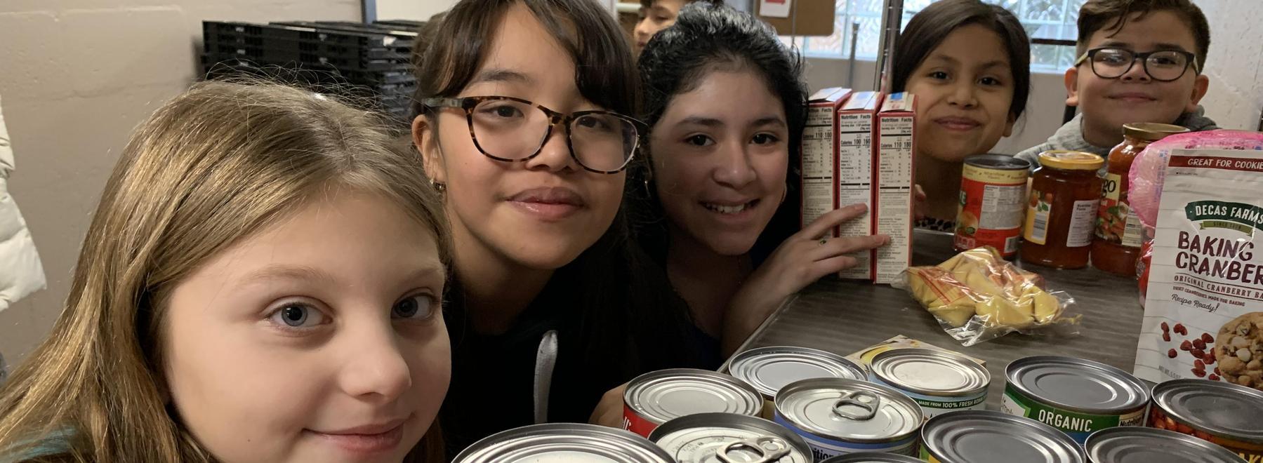 Wesley 5th grade pantry volunteers