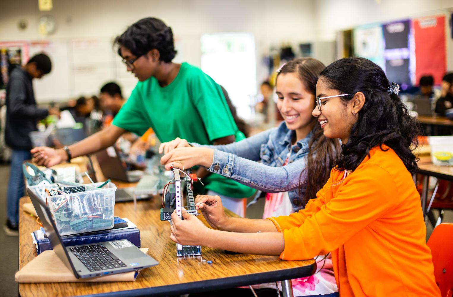 students doing robotics