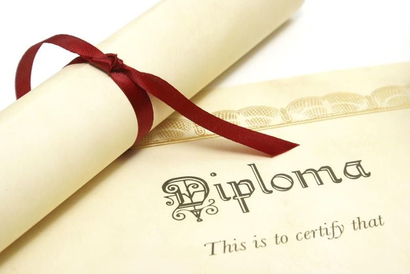 Seniors- Don't forget to submit your diploma card! Thumbnail Image