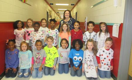 Students 100th day of school