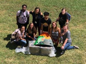 hess students paint turtle