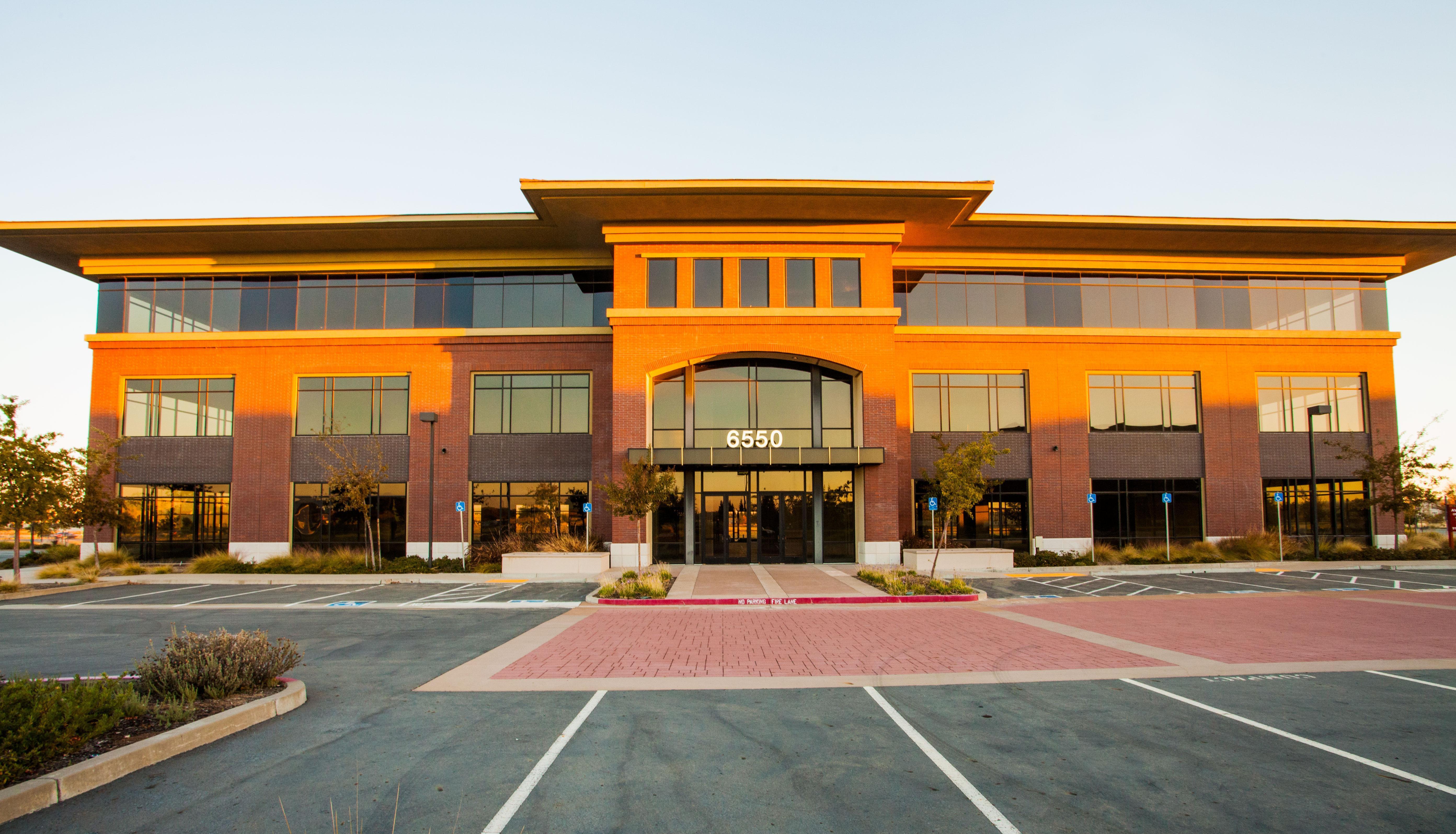 Rocklin Academy Gateway building 6550