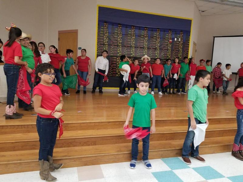 4th Grade Performs for 16 de Septiembre Thumbnail Image