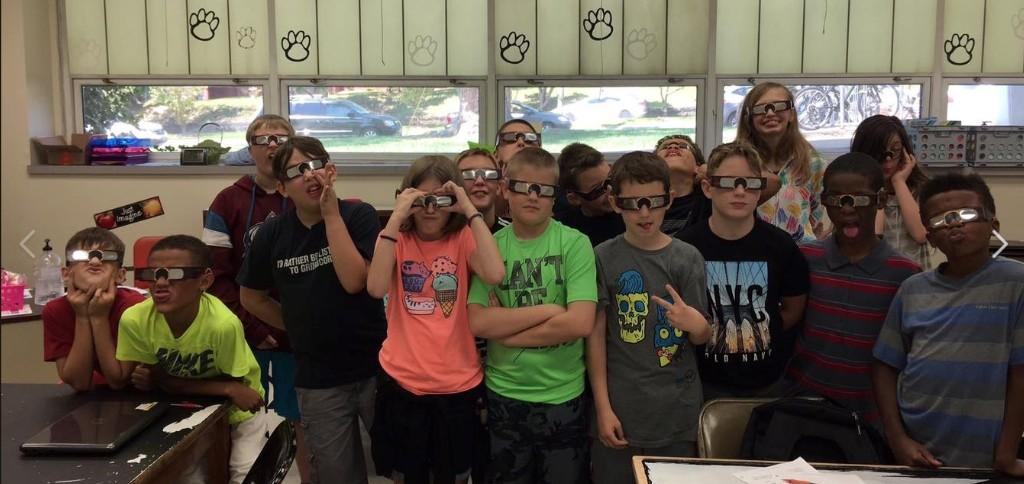 VMS Students Viewing Solar Eclipse