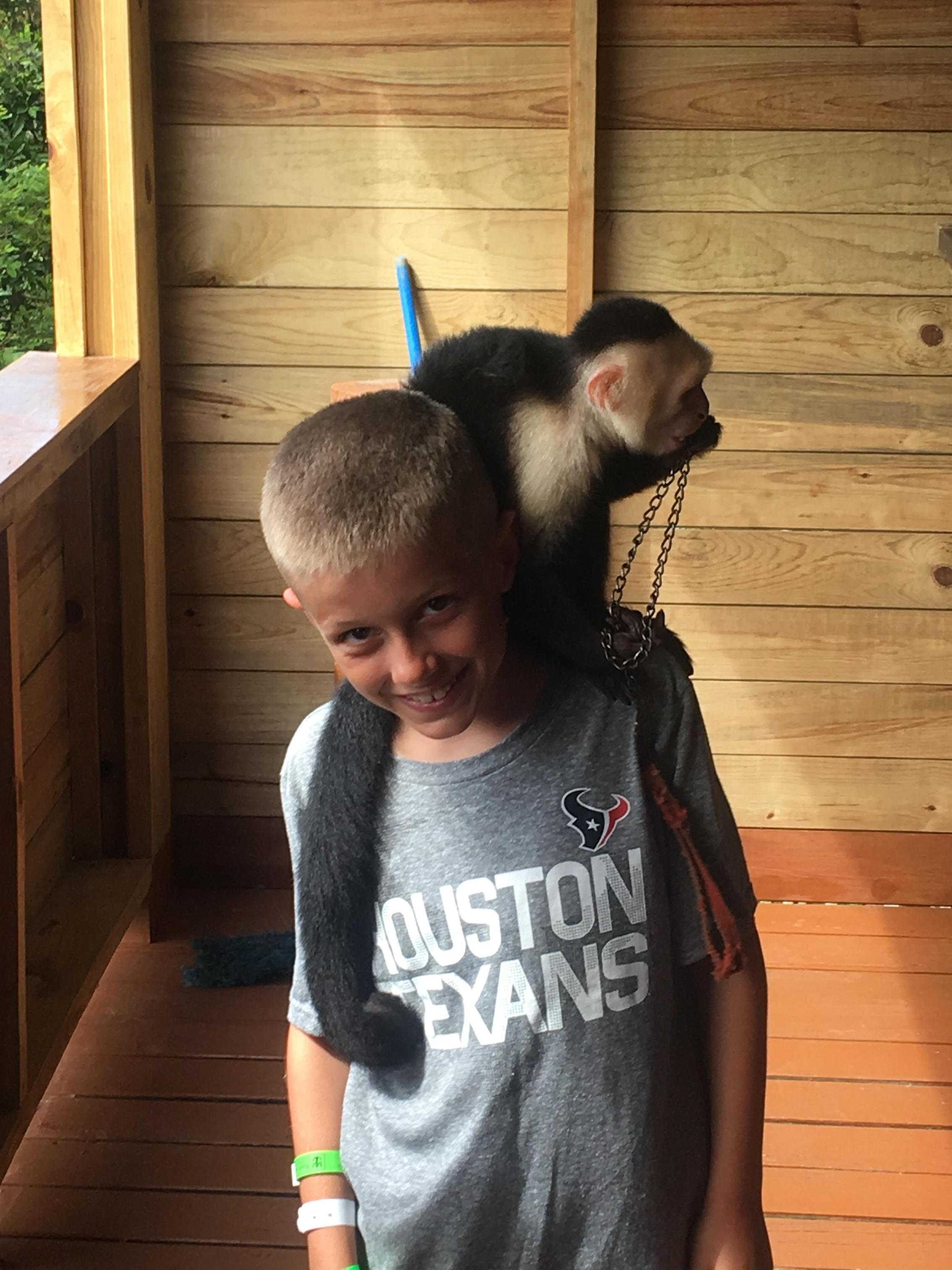 Home Dianna Apfel Creekview Elementary School Mom N Bab Short Shirt White Red Stripe Tyce Made A Monkey Friend In Roatan