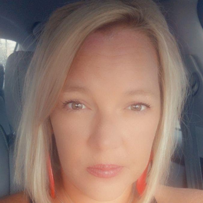 Leslie Reynolds's Profile Photo