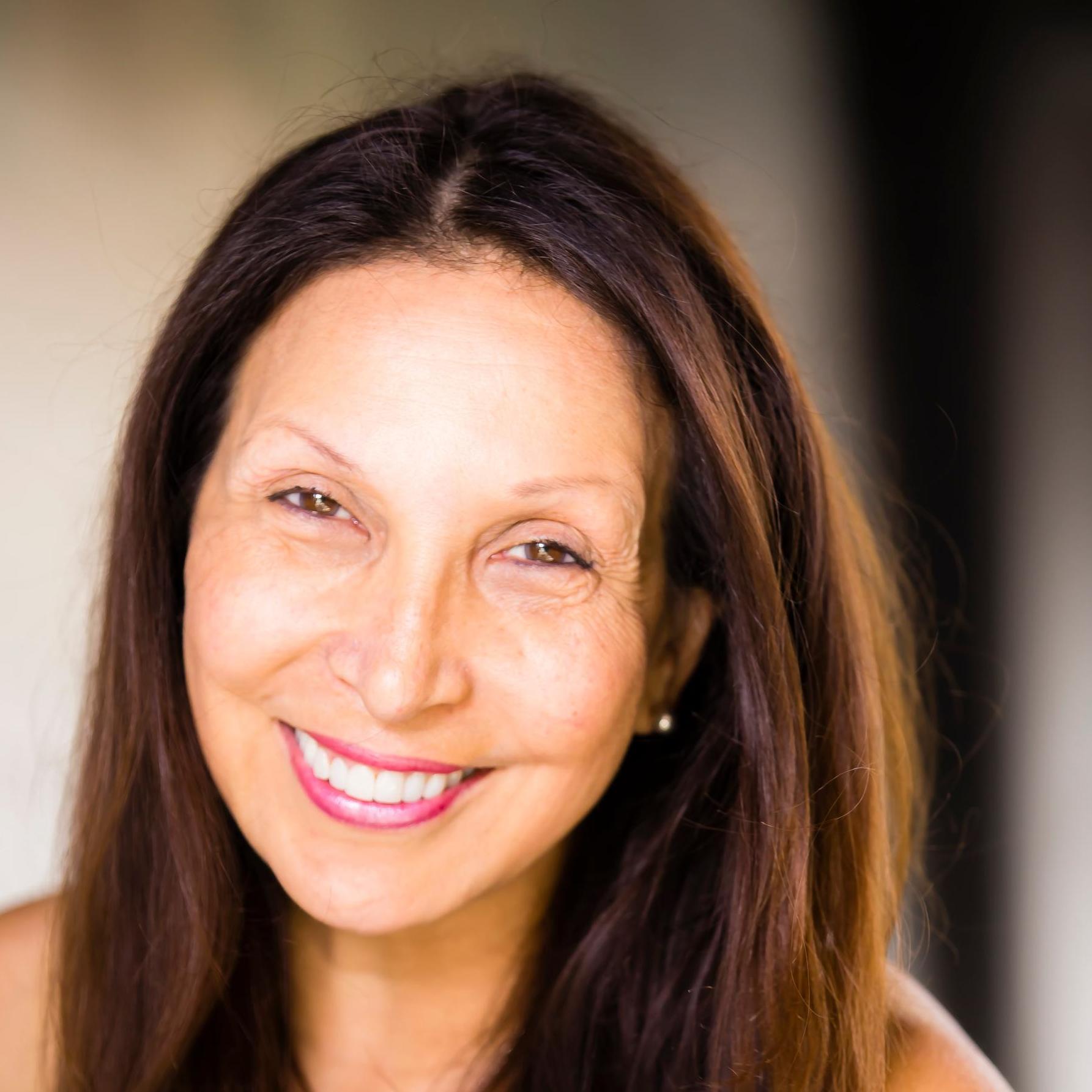 Suzanna Guzman's Profile Photo