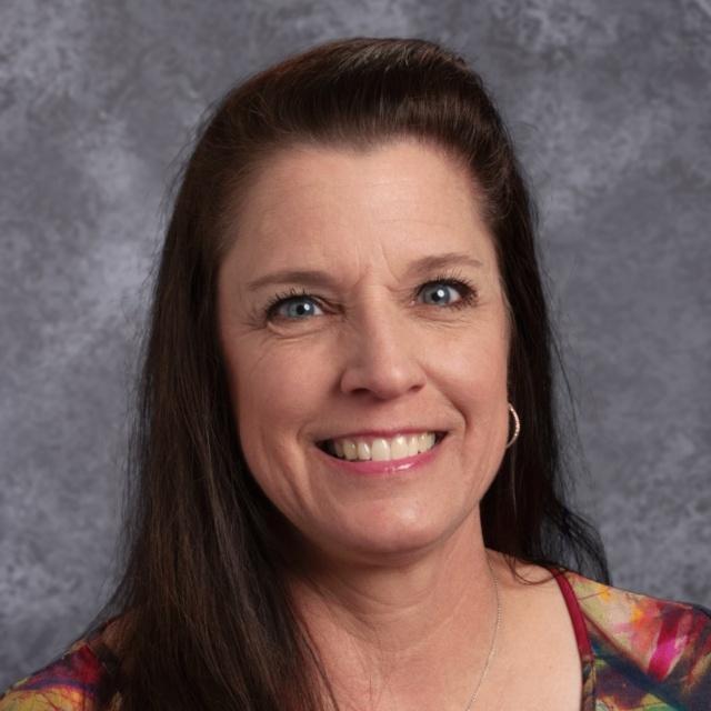 Elizabeth Riney's Profile Photo