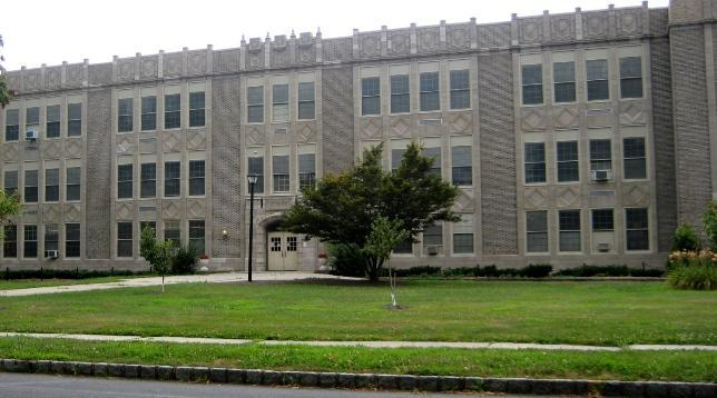 Exterior of Roosevelt Intermediate School