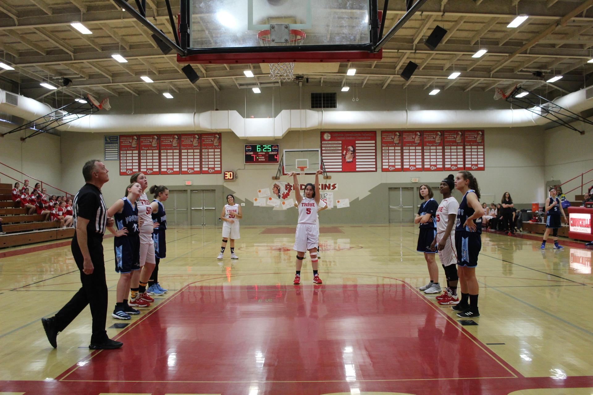 girls playing basketballgirls playing basketball