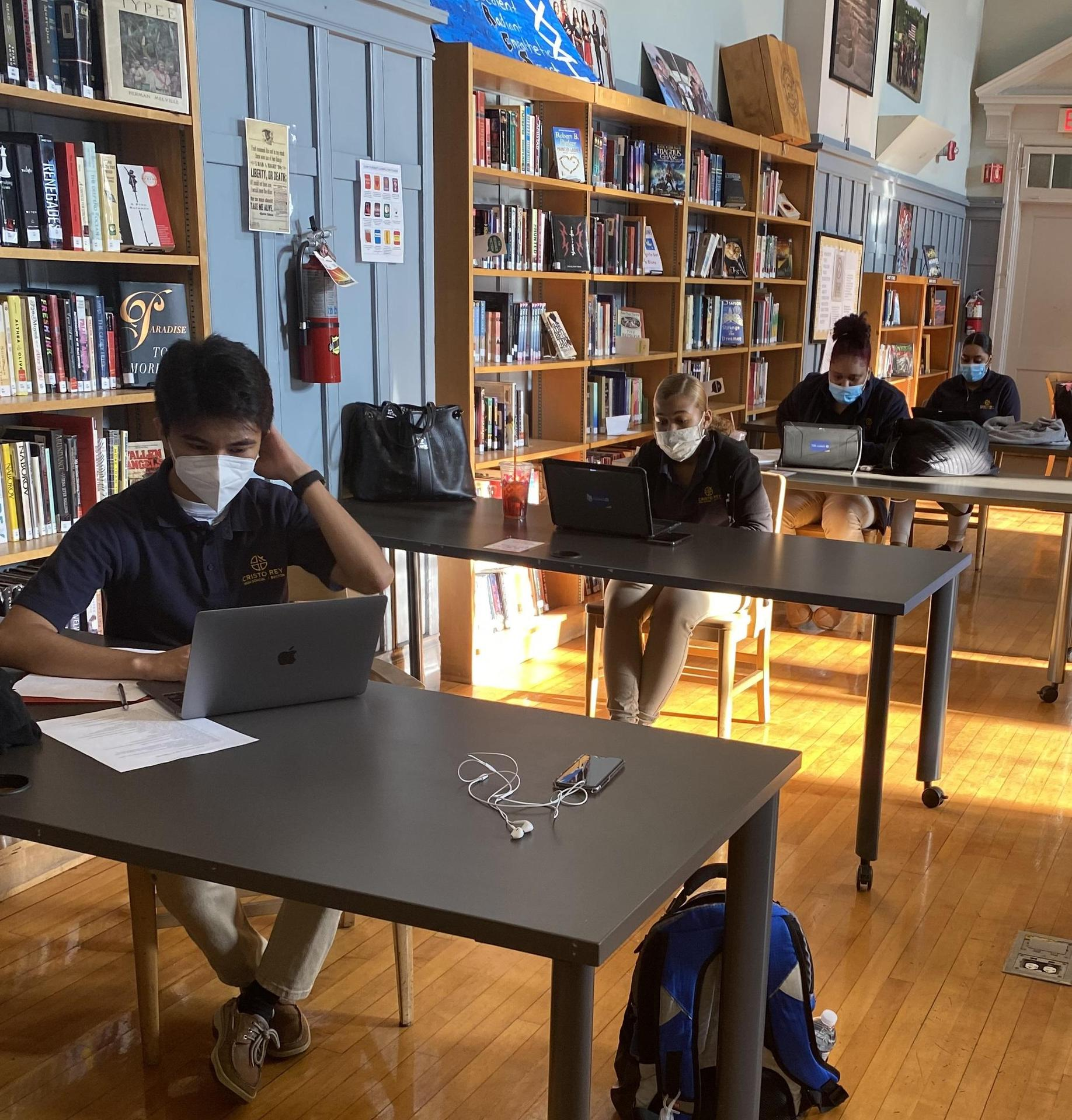 CRB Students participate in a virtual college fair
