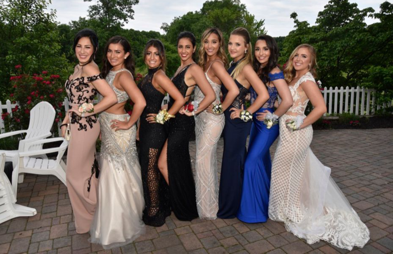 Seniors Gather at the Crystal Gala Featured Photo