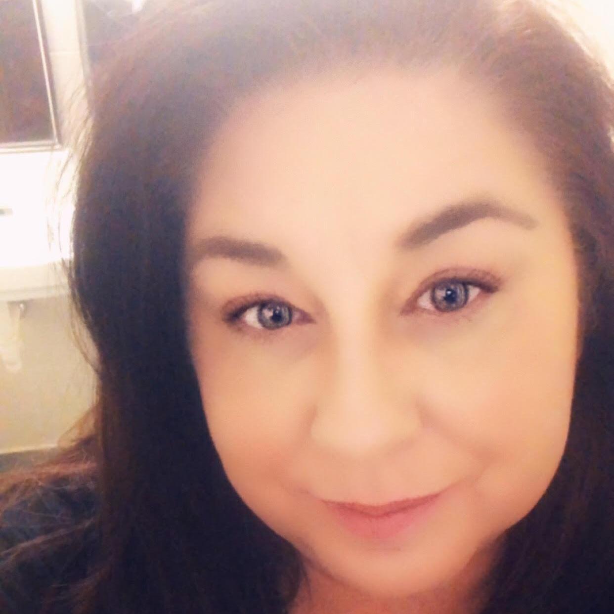 Stacy Elis's Profile Photo