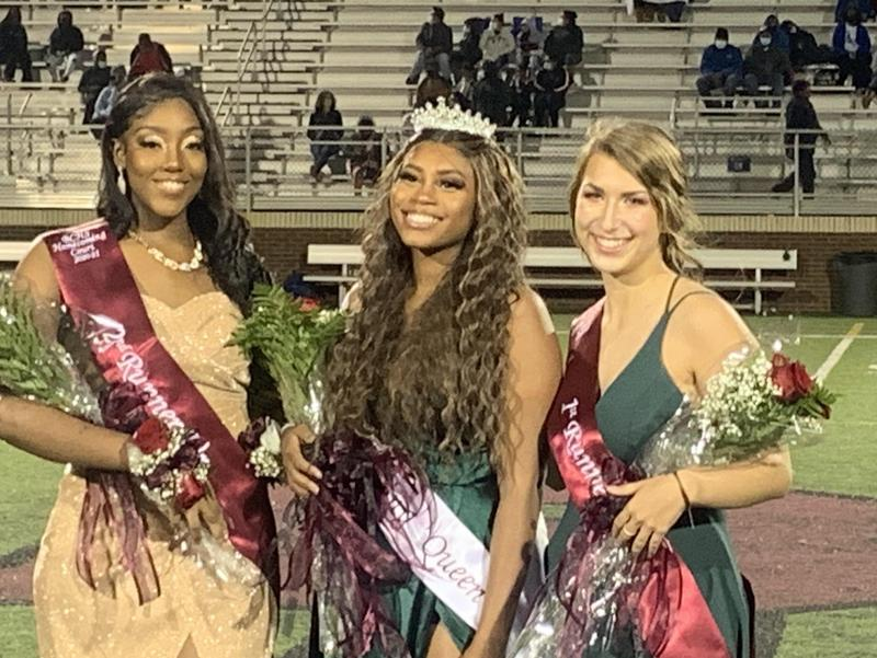 Homecoming Queen is Reagan Daniels-Joyner (center). Second runner-up is Relena Benard (left), and 1st runner-up is Rachel O'Dell