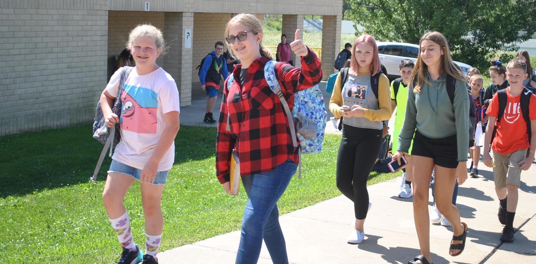 KMS Students leaving school
