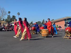 TET WHS drummers and dancers