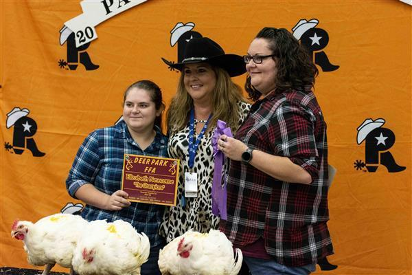 DPHS students wrangle top awards at PLSR