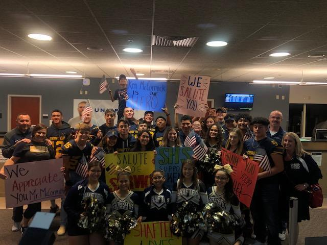 Shafter High Students met the Honor Flight Thumbnail Image