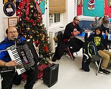 Kiwanis bringing Holiday Cheer the the Residentials