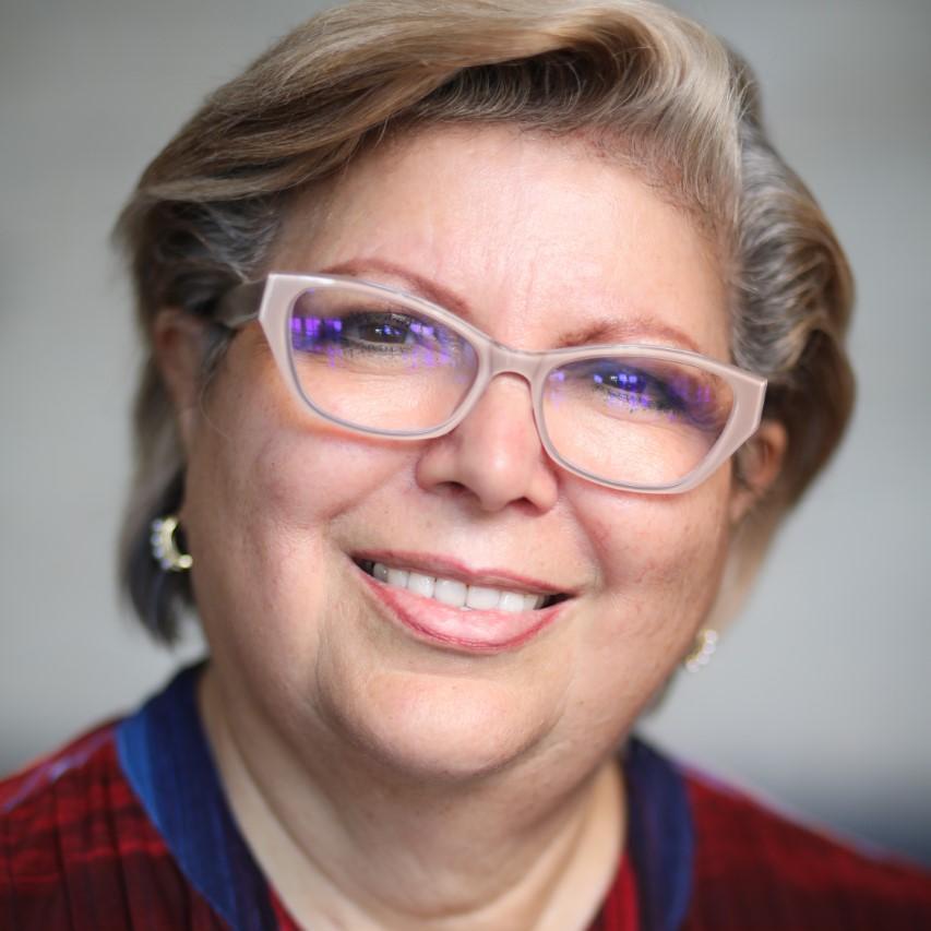 Maria Elena Lira's Profile Photo