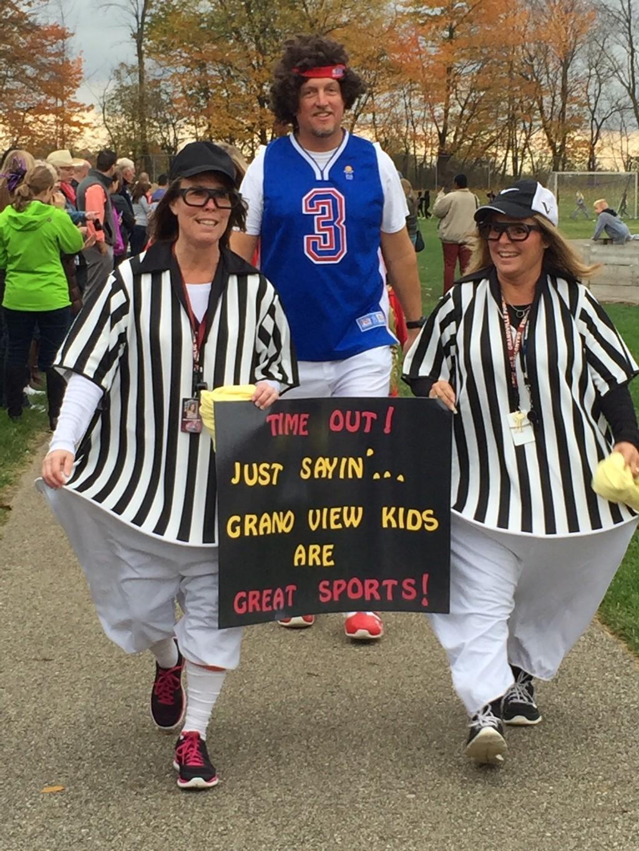 teachers wear ref outfits