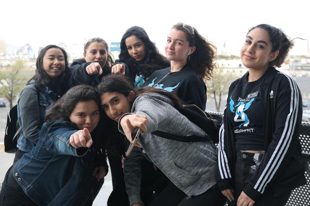 Camille, Sahar, Maddie, Cat, Sara, Adri, Cassandra