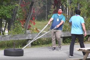 tire pull.jpg