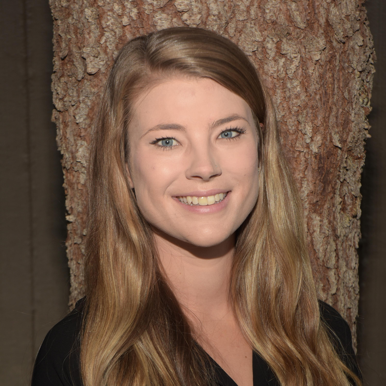 Julia Lewis's Profile Photo