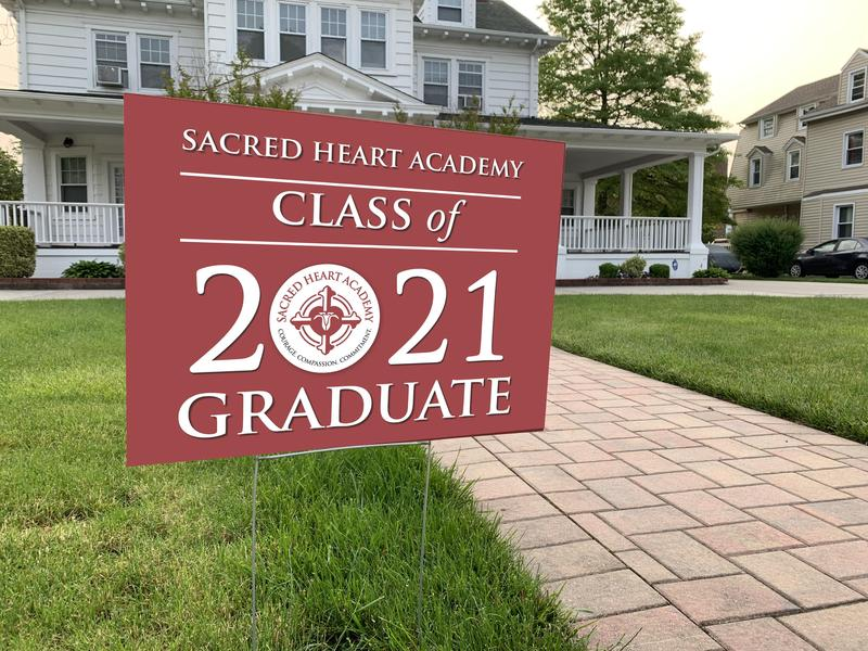 Class of 2021 Lawn Signs Available for Purchase Featured Photo
