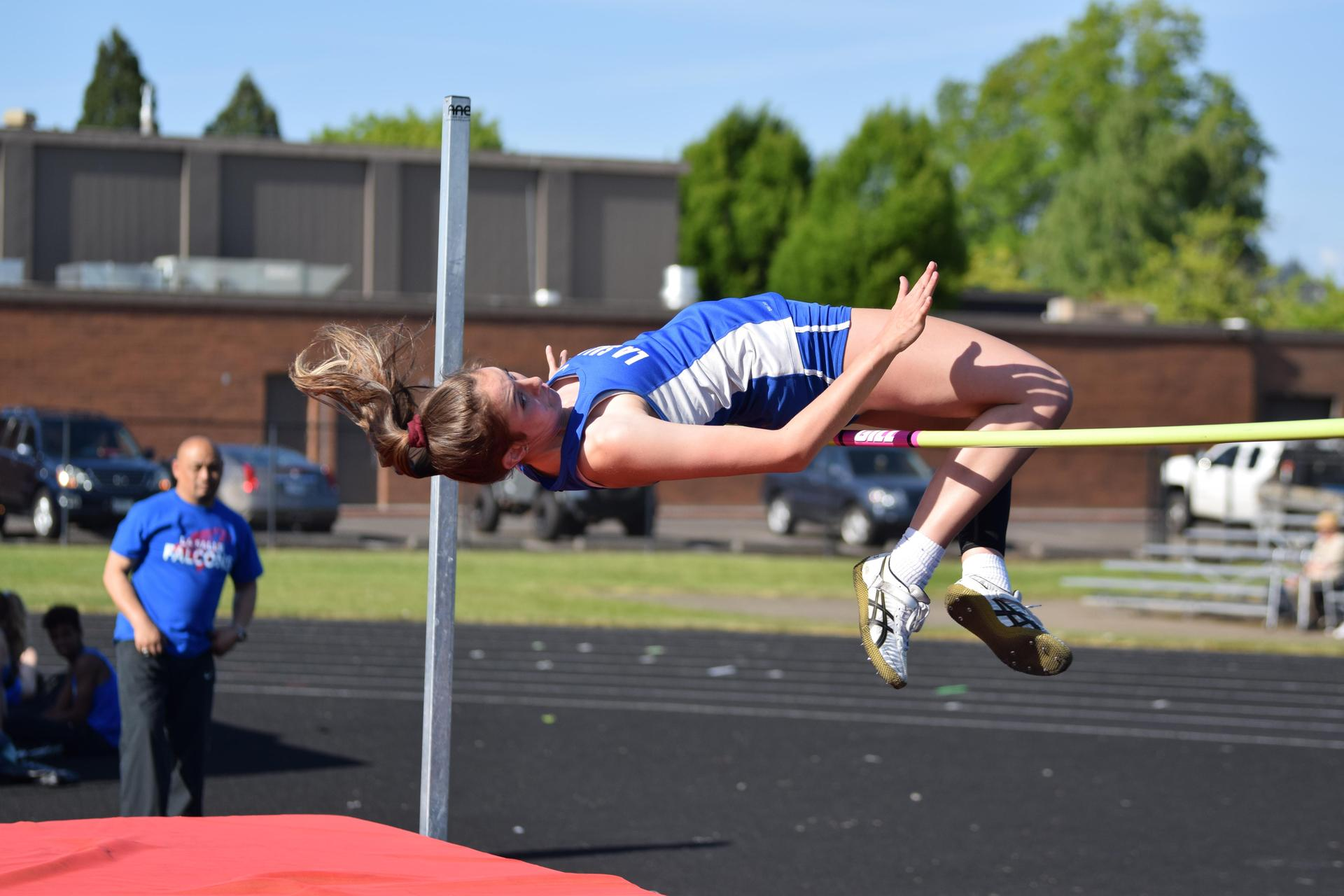 track high jumper attempts personal record