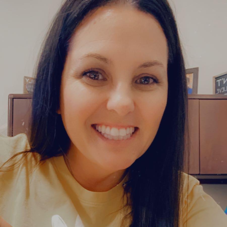 Julie Barnes's Profile Photo