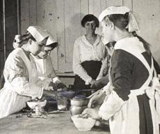 cooking skills circa 1900