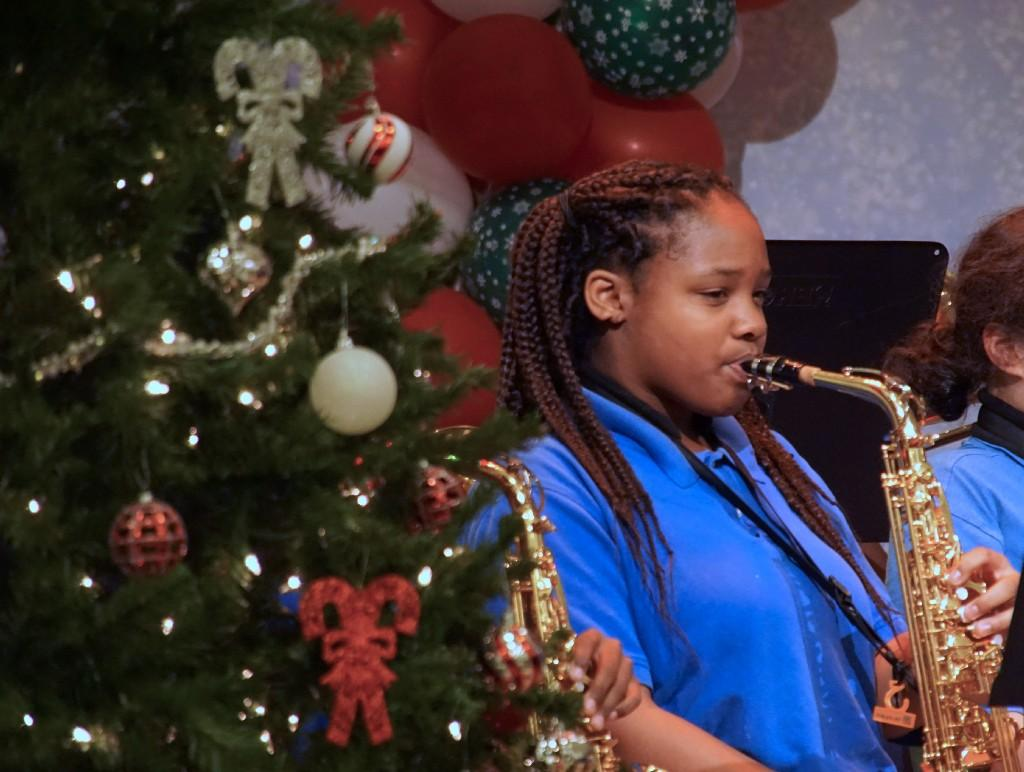 Teanna Bailey on saxophone.