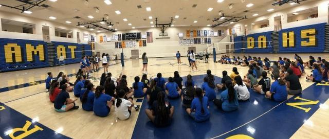 Girls Youth Volleyball Camps Featured Photo