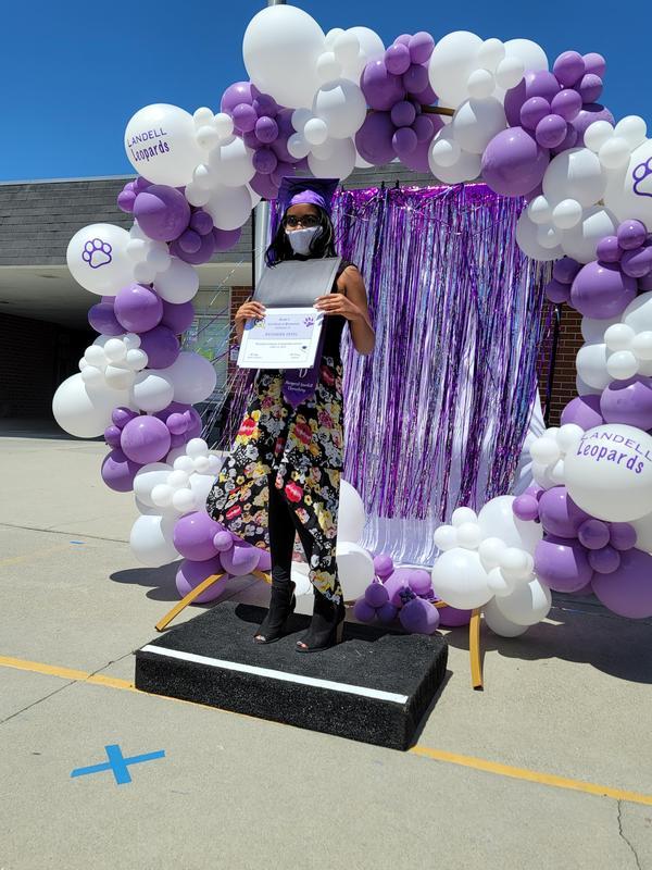 Margaret Landell Celebrates Grade 6 Students! Thumbnail Image