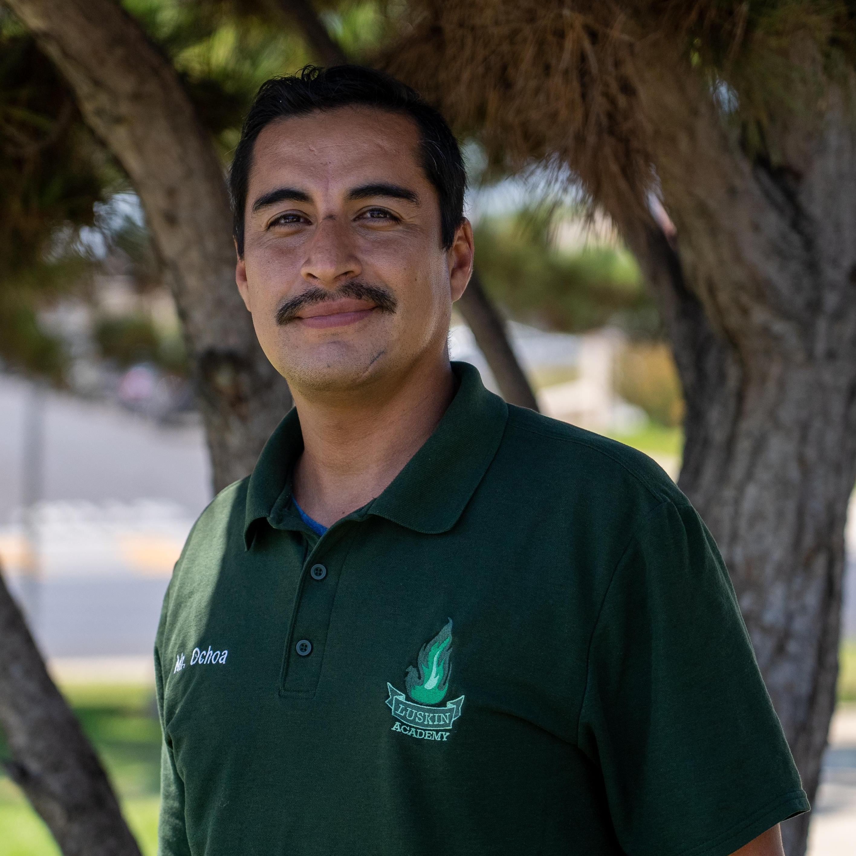 E. Ochoa's Profile Photo