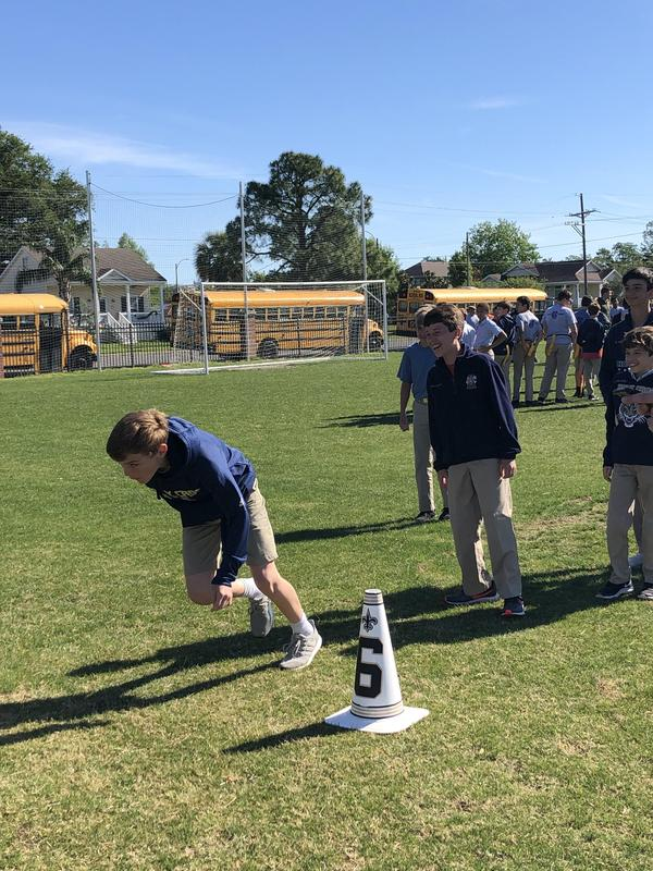Saints Bring PLAY 60 Program to Middle School Featured Photo