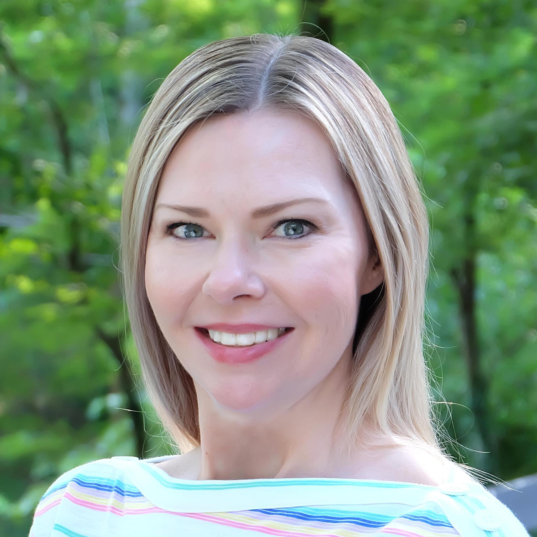 Lora Walters's Profile Photo